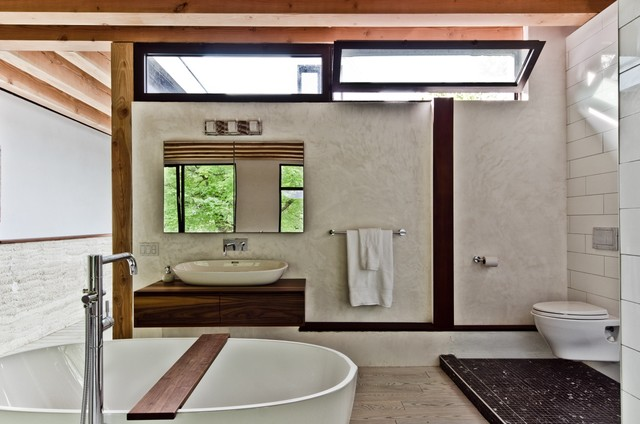 Окно в ванной комнате фото (7)