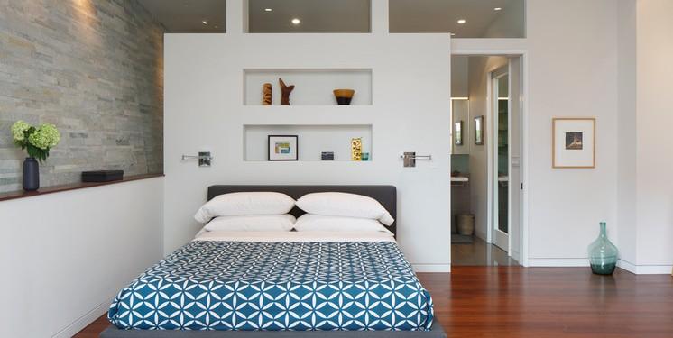 Спальня в цокольном этаже фото (2)