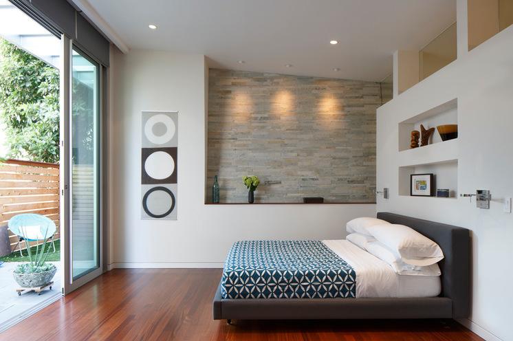 Спальня в цокольном этаже фото (3)