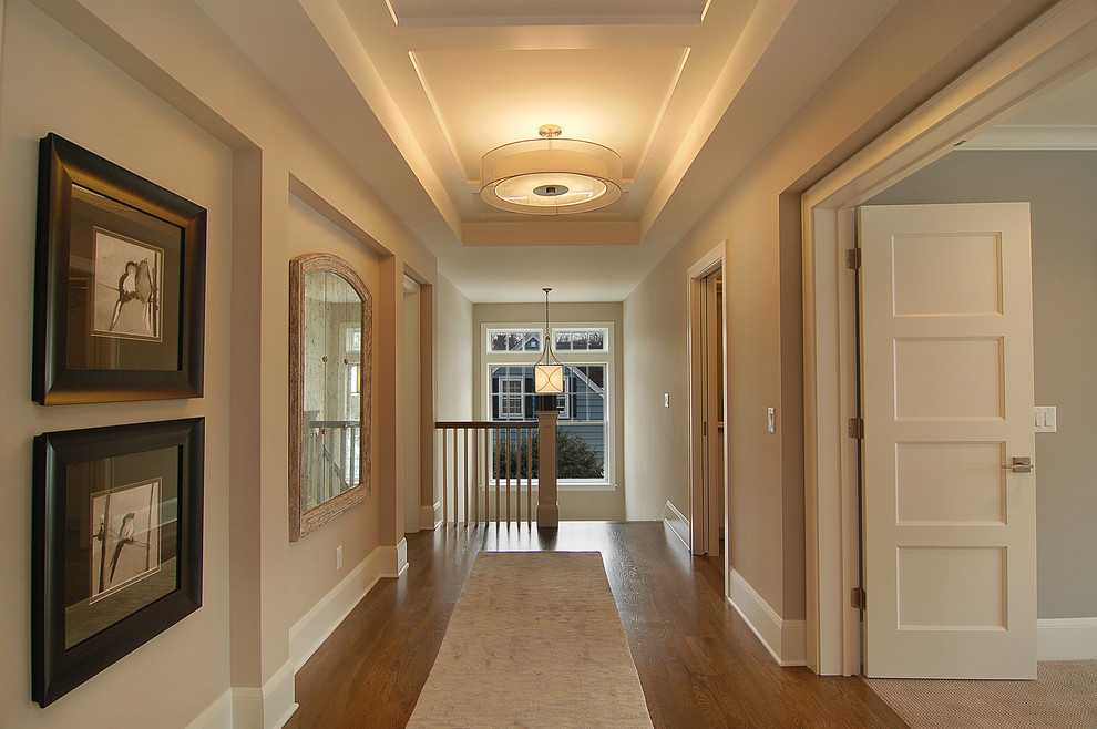 Дизайн гипсокартонных потолков в коридоре