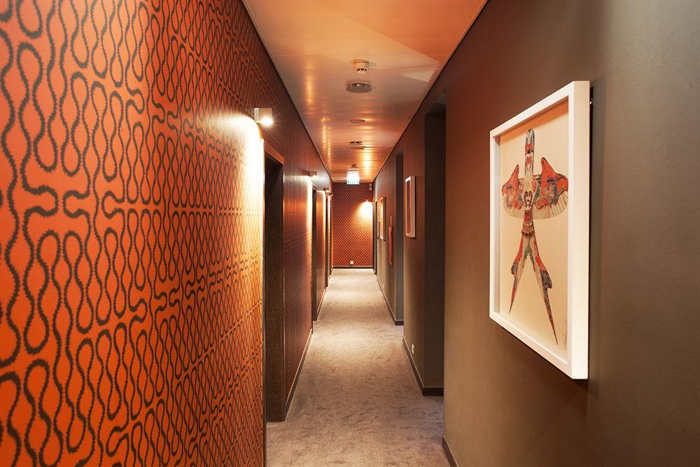 Dizayn-koridora--vyibor-oformleniya 13