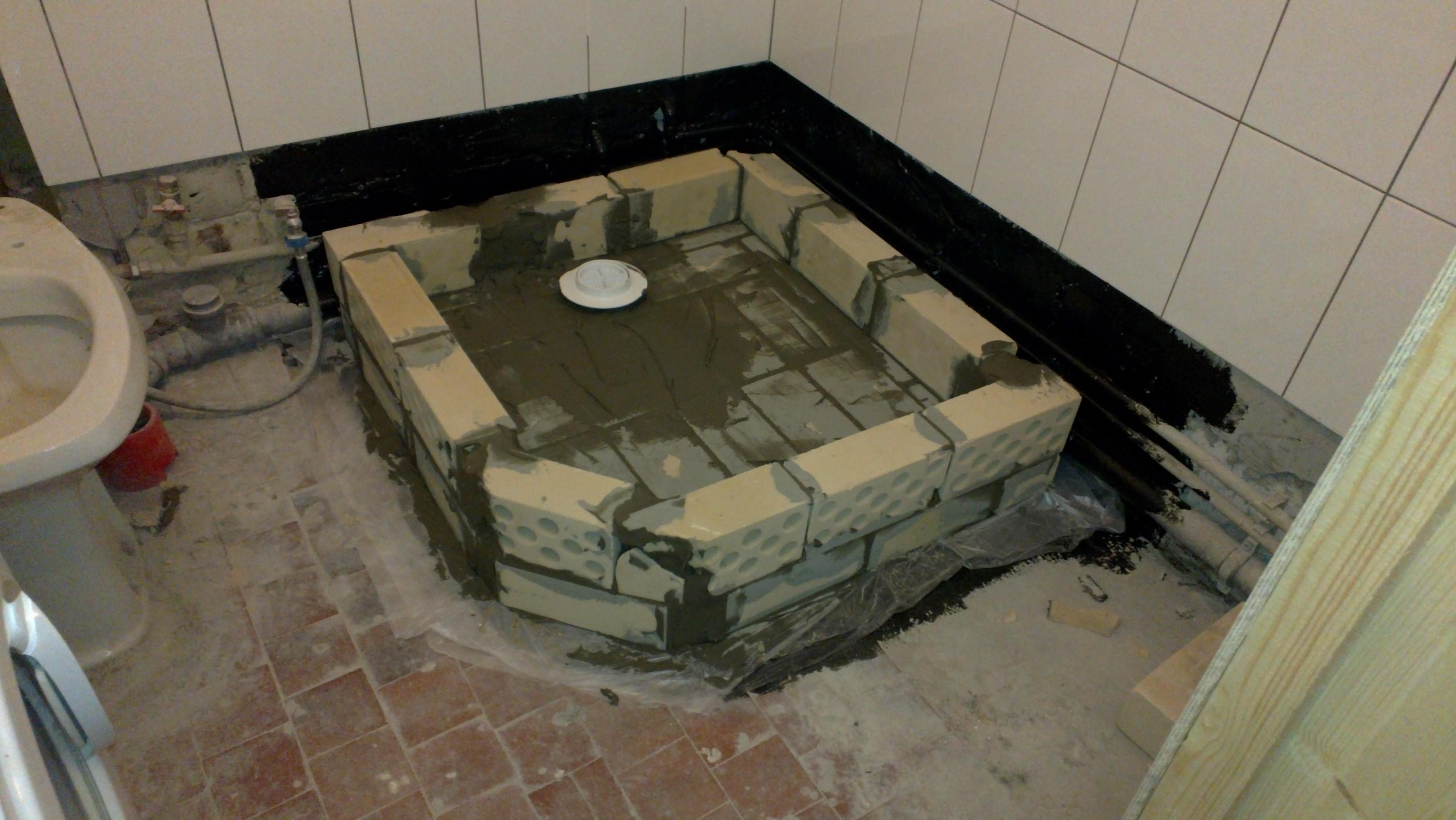Kak-sdelat-dushevuyu-kabinu-svoimi-rukami--variantyi-ispolneniya 6