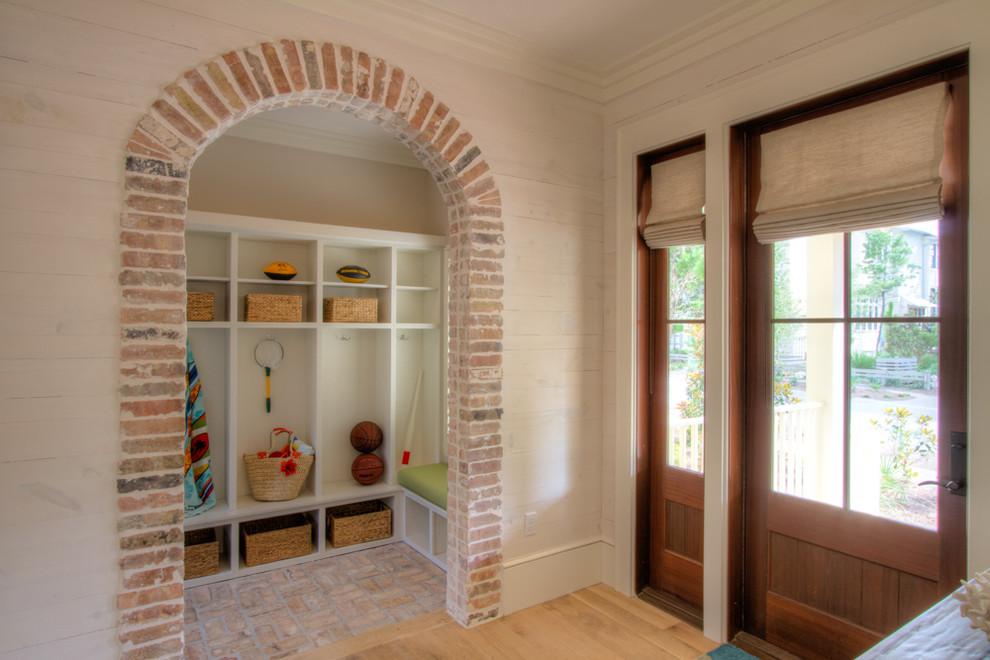 Какие бывают шторы на дверной проем Интерьерные штучки - Faux Brick Backsplash In Kitchen