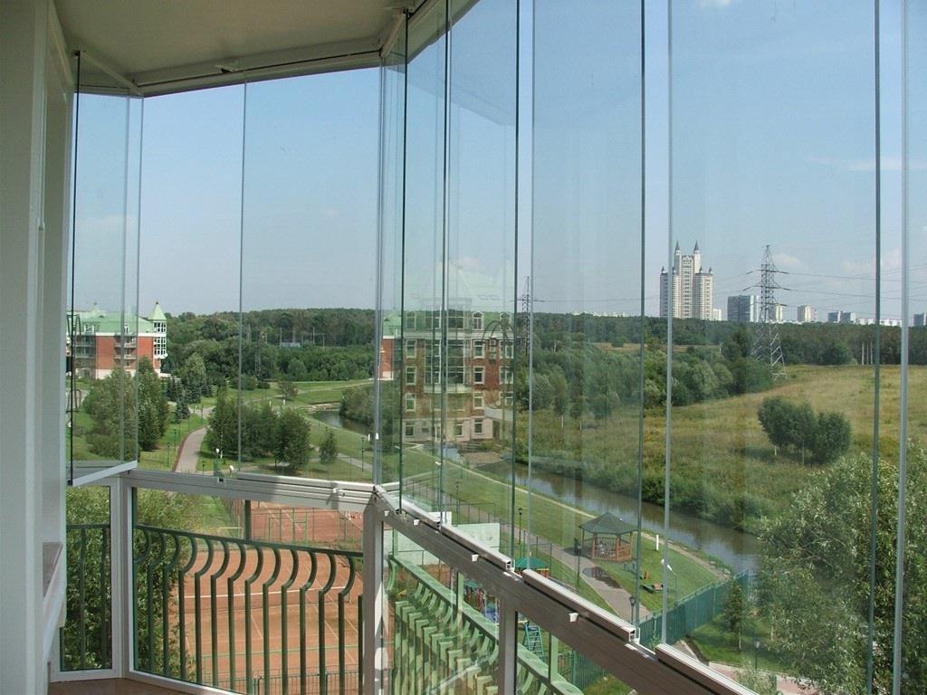 Originalnaya-otdelka-balkonov-vnutri-i-snaruzhi 10