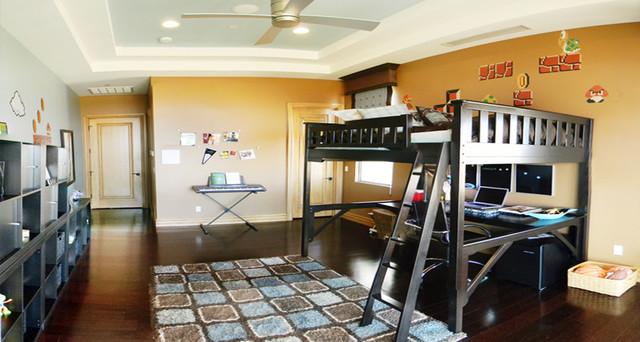 Комната для подростка с кроватью чердаком