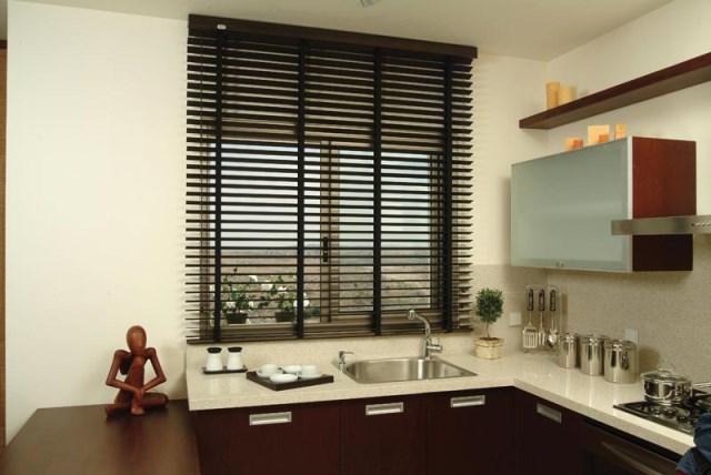 Шторы для кухни-жалюзи-11