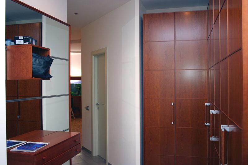 интерьер прихожей в 5-ти комнатной квартире