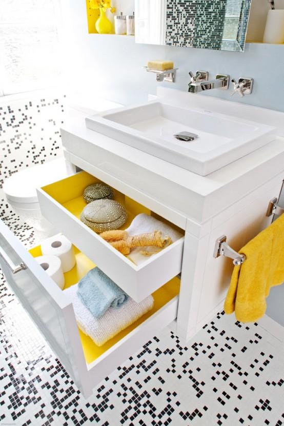 черно белая  мозаика в ванной