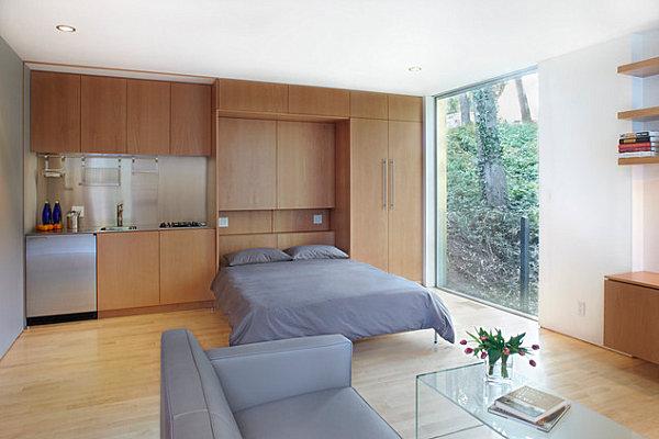 кровать в шкафу для квартиры студии