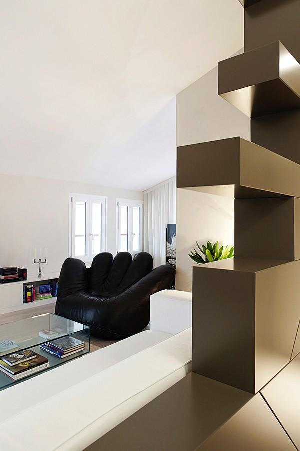 мягкая мебель в интерьере светлой квартиры