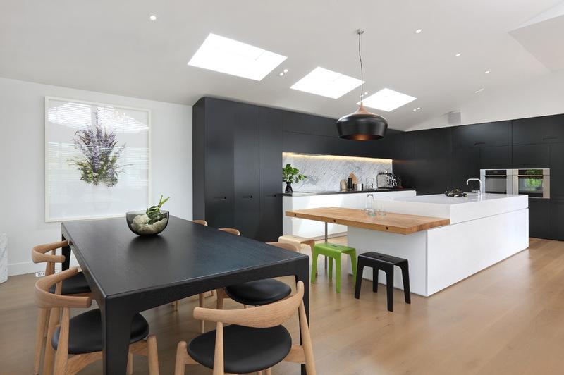 черно-белый цвет кухни в современном стиле