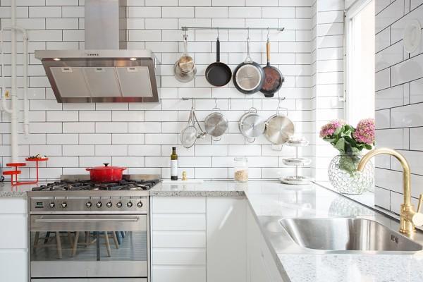фото кухни с мраморной столешницей
