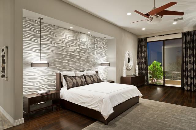 интерьер спальни с текстурной стеной