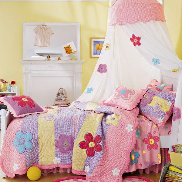цветочная кровать с балдахином для девочки
