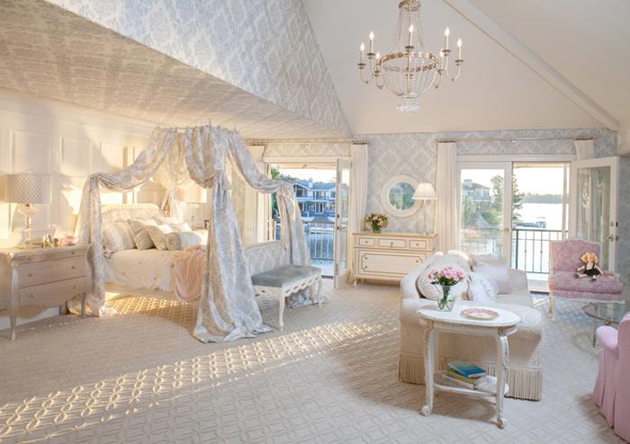 шикарный балдахин над кроватью
