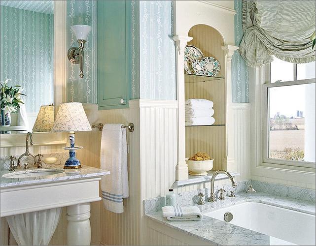 французский стиль в интерьере ванных комнат
