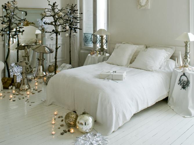 Стильное оформление спальни к Новому Году