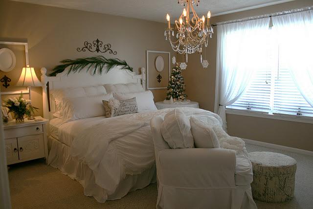 Новогоднее украшение дома и спальни