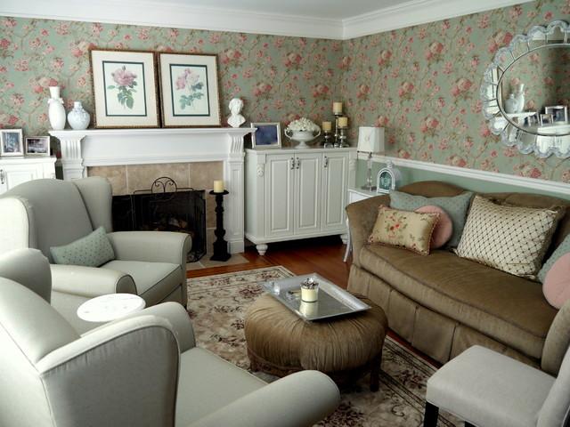 Традиционный французский интерьер гостиной комнаты