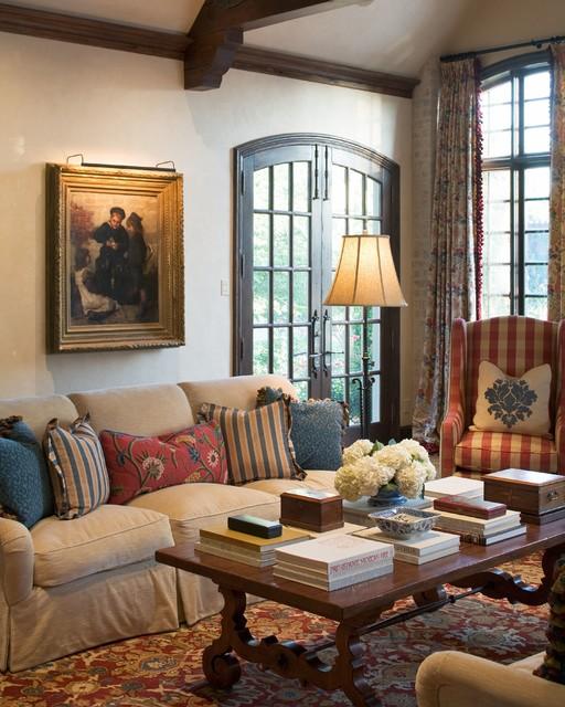 Французский стиль в интерьере гостиных комнат