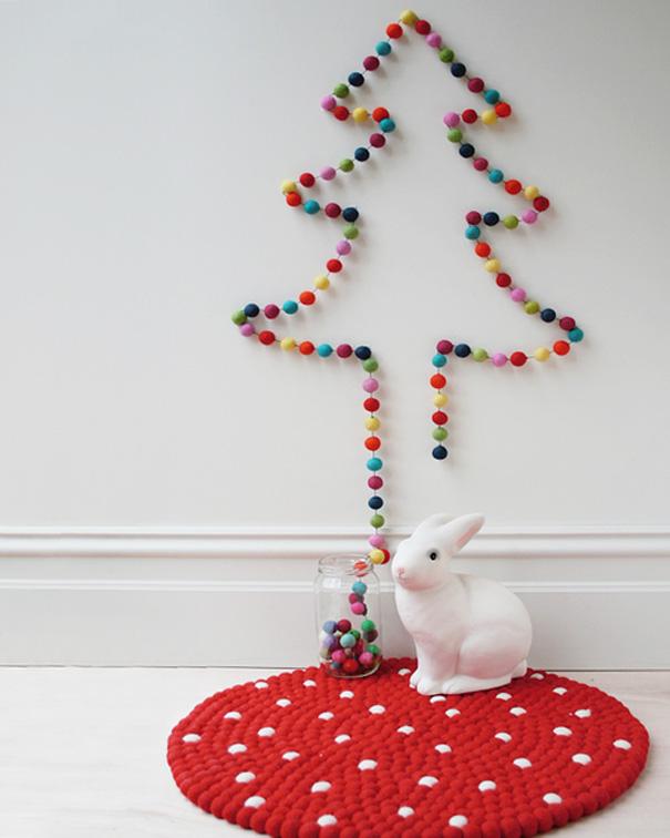 Новогодняя елка из шариков