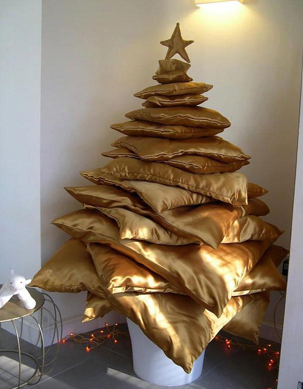 Новогодняя елка обломова