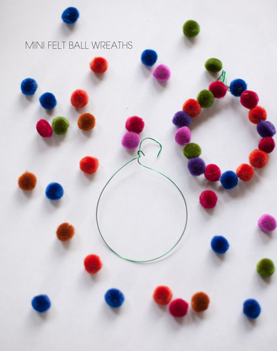 новогодняя елочная игрушка своими руками из войлочных шариков