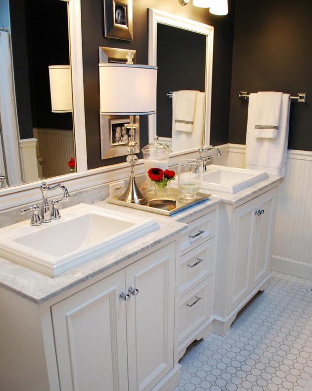 Дизайн черно белой ванной в классическом стиле