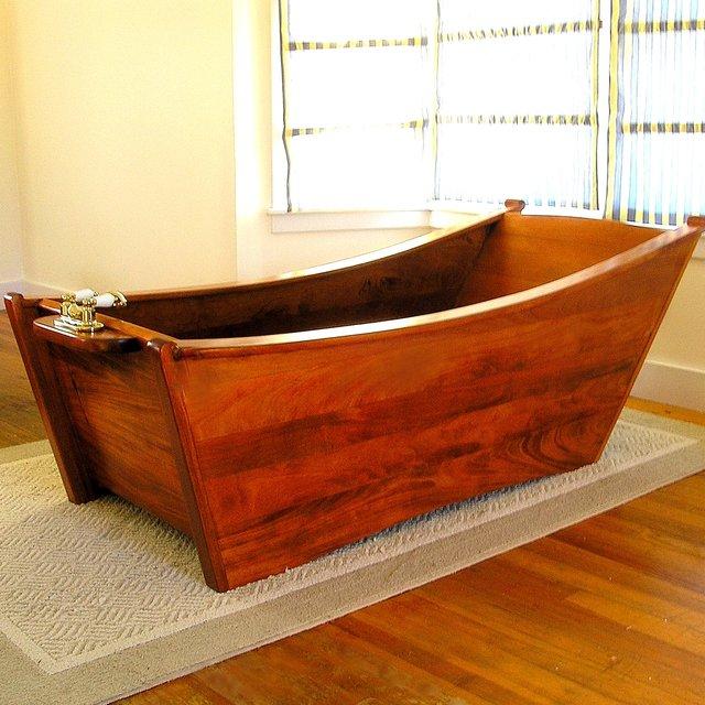 ванная из дерева на фото 16