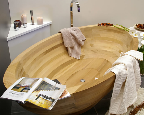 ванная из дерева на фото 15