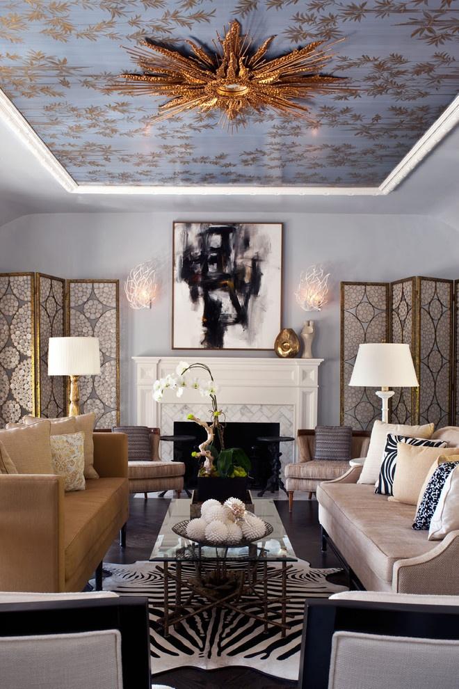Красивый декор потолка