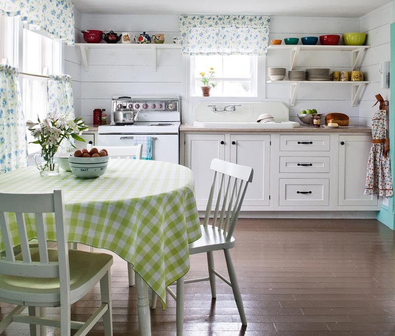 Кухни в коттеджном стиле
