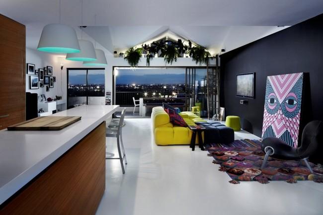 Яркий дизайн двухкомнатной квартиры