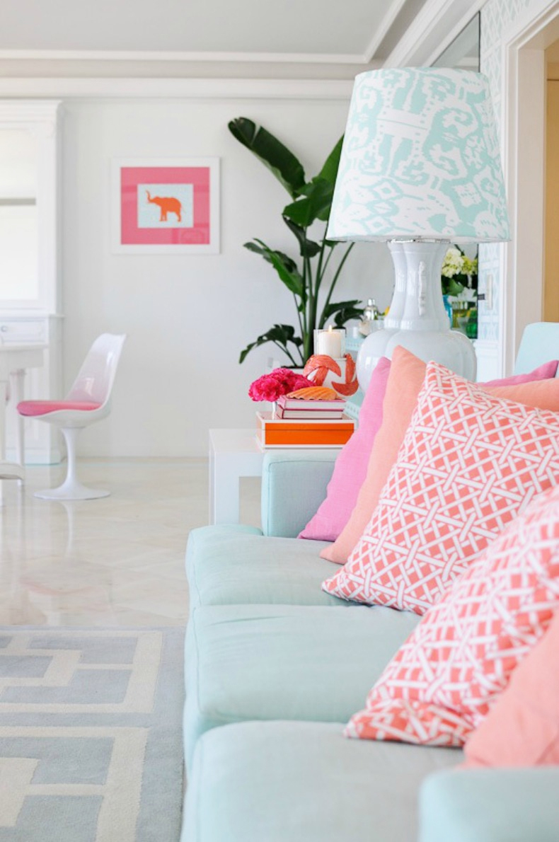 мебель в розовой комнате