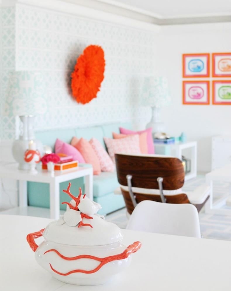розовый интерьер гостиной