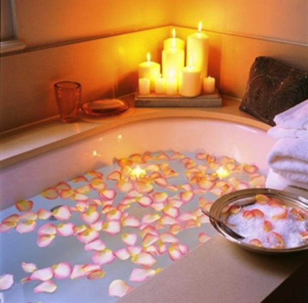декор ванной на день святого Валентина