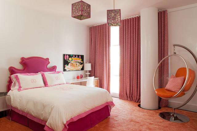 Спальня с подвесным креслом 1