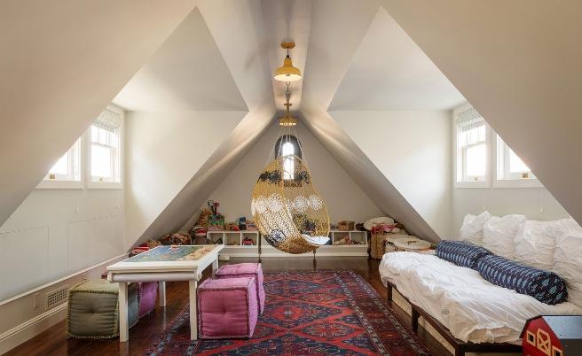 Спальня с подвесным креслом 8