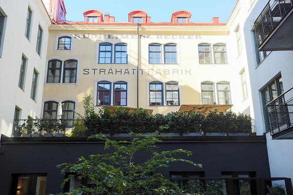 Kungsholmen Modern Apartment-18-1 Kindesign
