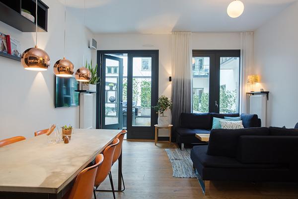 Kungsholmen Modern Apartment-07-1 Kindesign