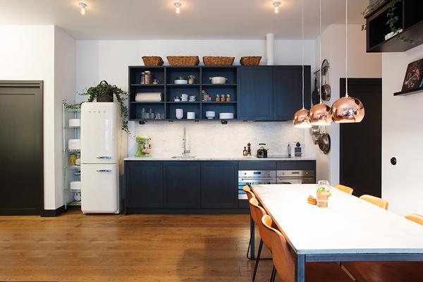 Kungsholmen Modern Apartment-04-1 Kindesign