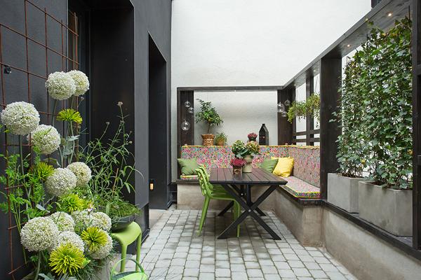 Kungsholmen Modern Apartment-01-1 Kindesign