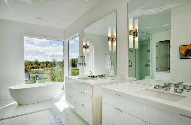 Окно в ванной комнате фото (11)