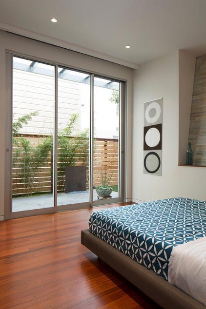 Спальня в цокольном этаже фото (1)