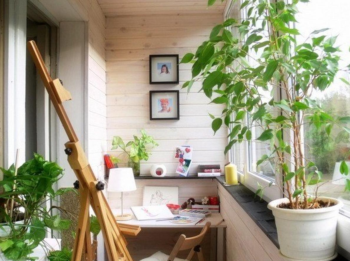 Фото дизайна интерьеров кабинета на балконе и лоджии.