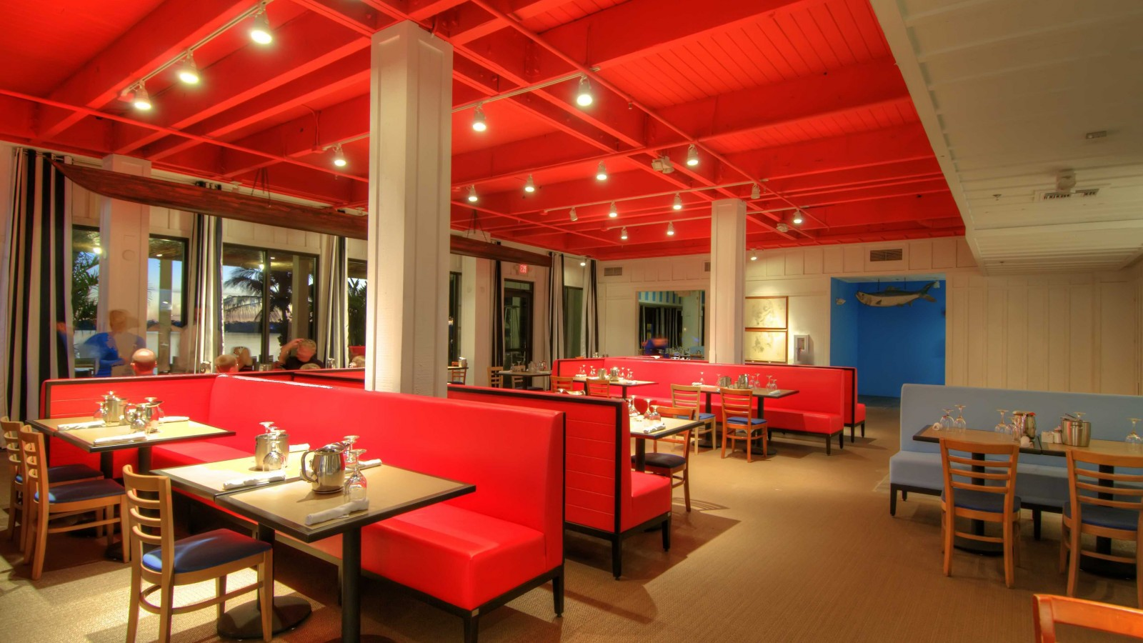 Dizayn-kafe-----s-chego-nachat-i-kak-sdelat-svoimi-rukami 6
