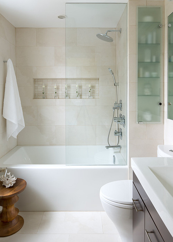 Стены в маленькой ванной - фото