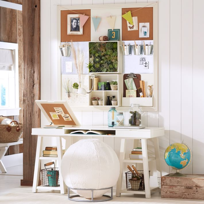 Самый функциональный письменный стол